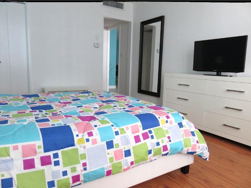 Main Bedroom / Habitación principal - ComprandoViajes