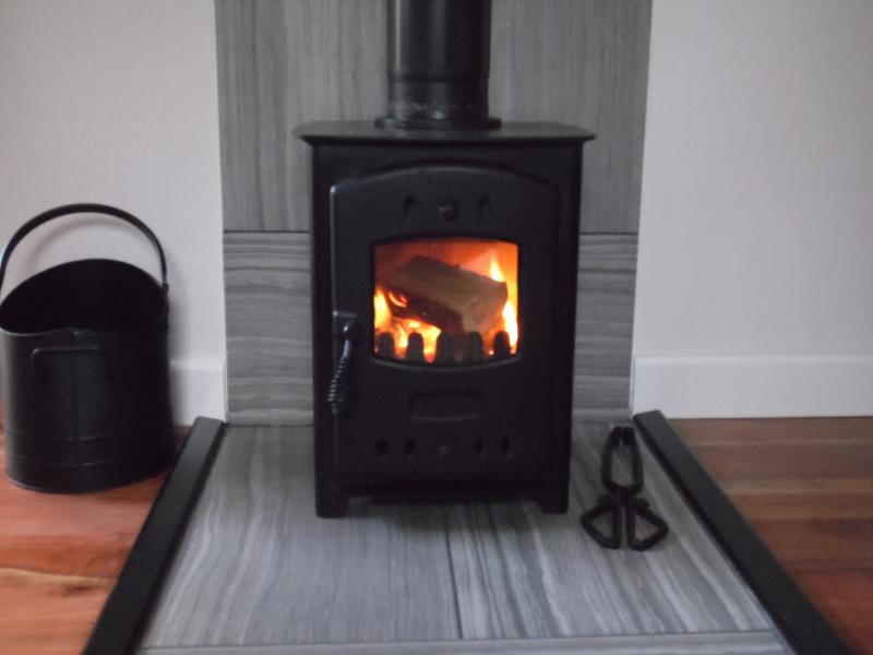 Woodburner. Ideal for a cosy night in.