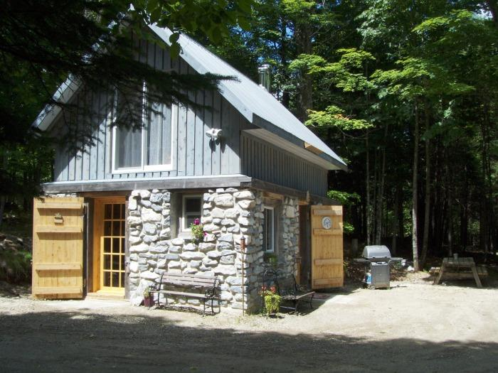 Cabin Rental Rural Perth/Lanark, alquiler vacacional en Sharbot Lake