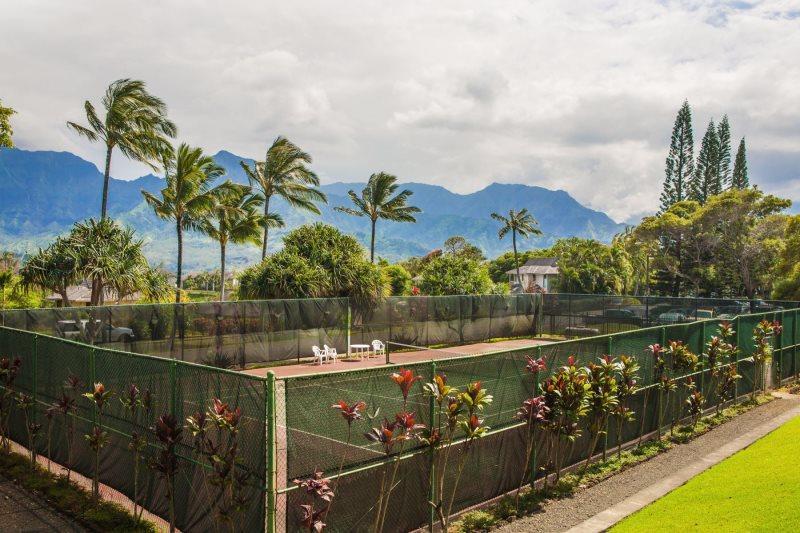 Puu Poa's tennis courts.