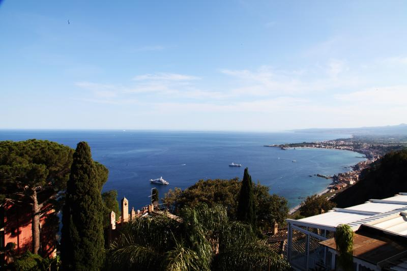 Panoramica sul mare - Taormina, holiday rental in Taormina