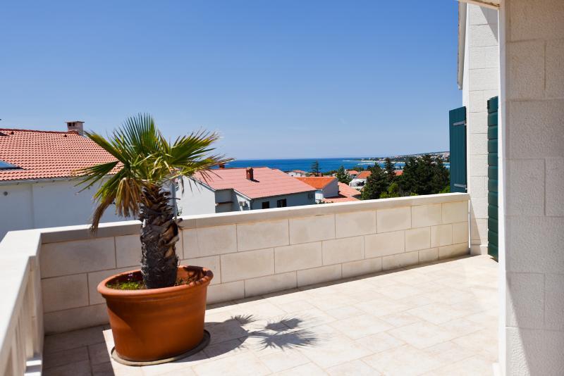 Terrace Villa Palme, 2nd Floor, Sea view
