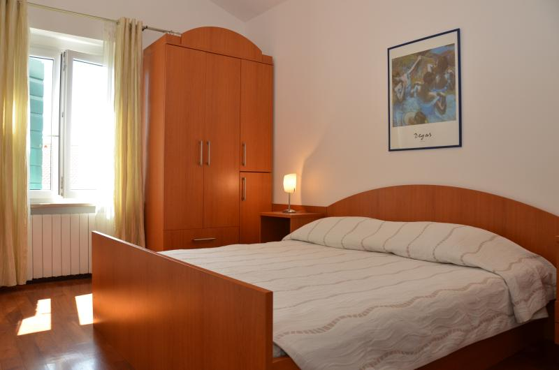 Master Bedroom (An en suite)