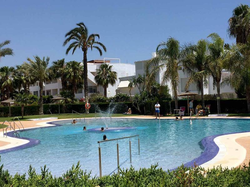 Vera Playa - Apartment La Aldea de Puerto Rey 2D, holiday rental in Puerto Rey