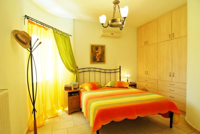 SYROS STRANDHAUS, location de vacances à Vari