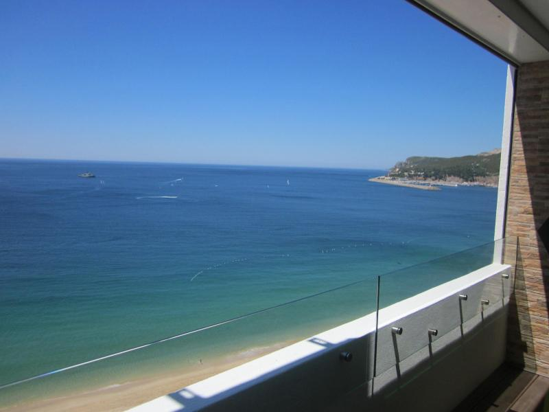 Ocean View Suite Sesimbra -The Perfect Stay, holiday rental in Sesimbra