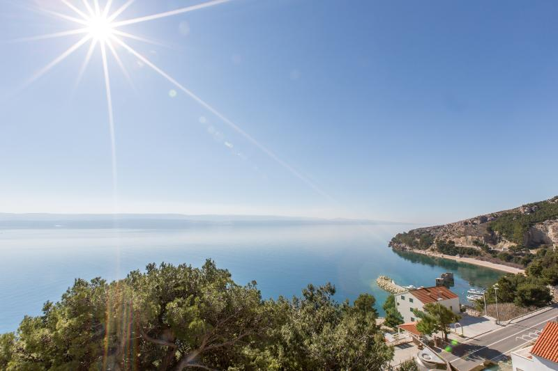 Mediterranean stone house Sole, holiday rental in Mimice