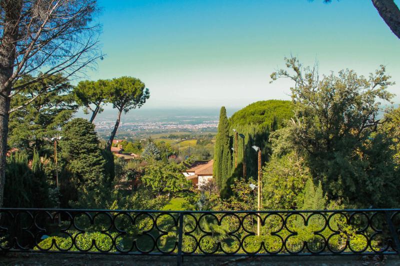 DOMUS MATIDIA.Vibia Matidia appartamento in villa., vacation rental in Rocca Priora