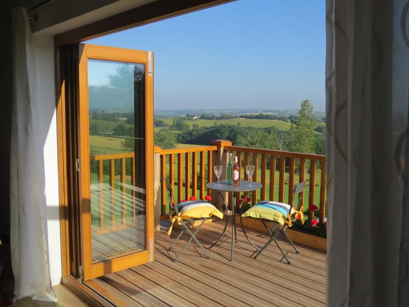 Volets Verts - 1 bed, 1 bathroom, gite. 3 etoiles Meublés de Tourisme, holiday rental in Estancarbon
