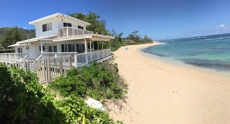 North S Oahu Beach Front House 4 Bdrm 2 Bath 8 Guests Owen Retreat Since