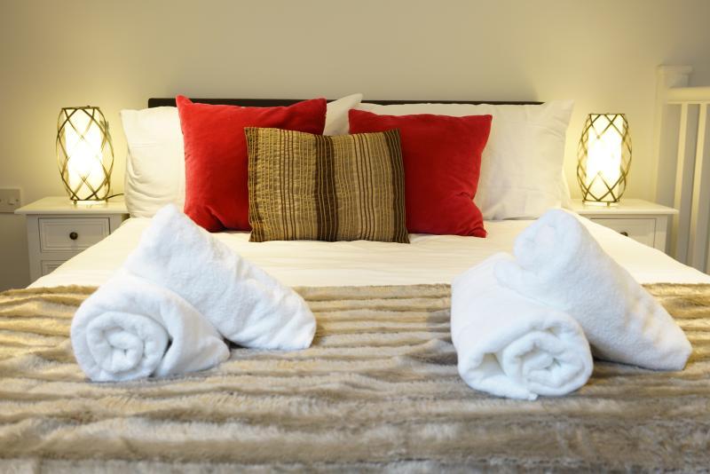 Loft Living Oxford, vacation rental in Littlemore