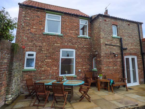 ROSELEA HOUSE, detached, woodburner, lawned garden, Bempton, Ref 934746, vacation rental in Bridlington