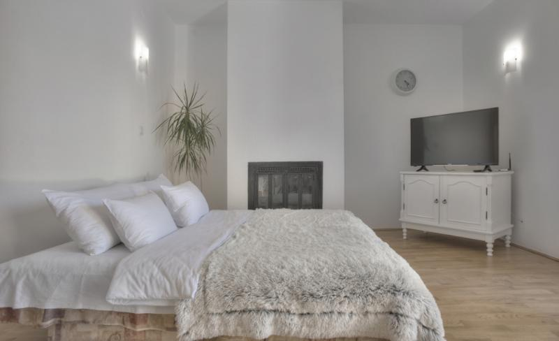 Gregovic Apartments, vacation rental in Petrovac
