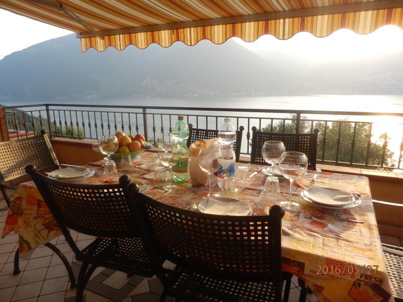 Appartamento Montisola, holiday rental in Peschiera Maraglio