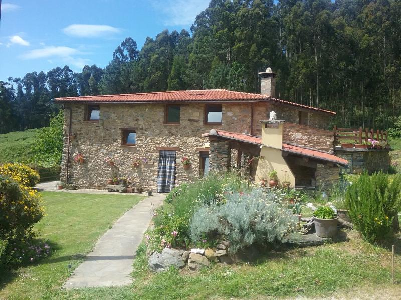 Lugar acogedor y tranquilo en el valle de Couzadorio
