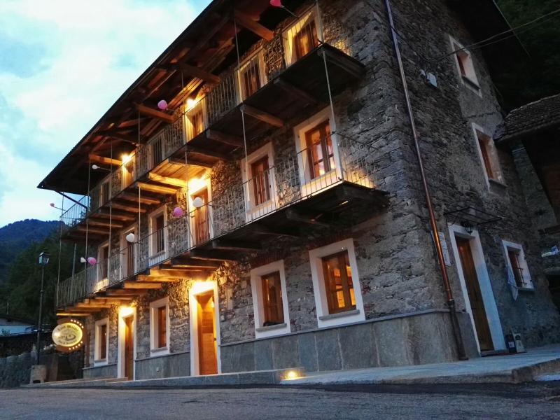 B&B LANDWASSER, vacation rental in Rimasco