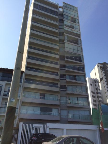Front of building, apt is 4th floor