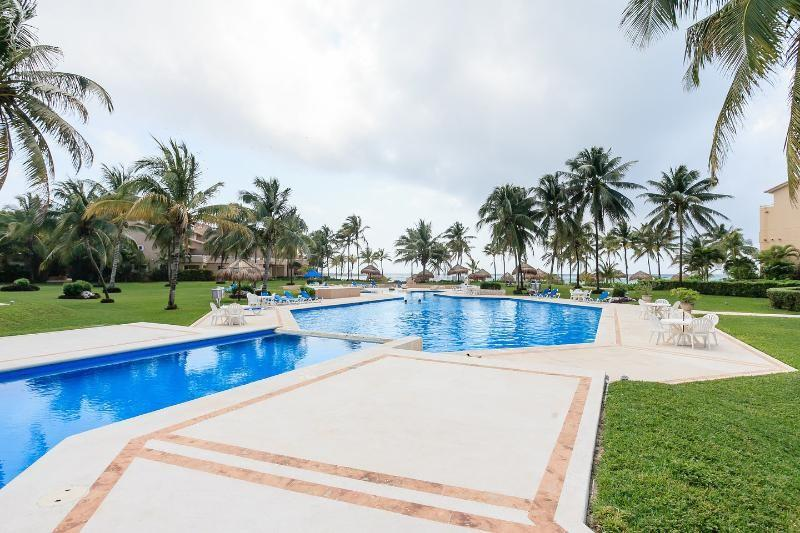 Puerto Aventuras Villa Del Mar Ocean Front 2 Bed Updated 2019 Cancun Vacation Rental