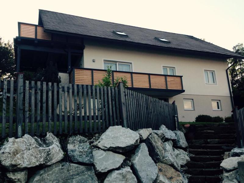 Ferienwohnung Fam. Lerch, location de vacances à Hirschegg Rein