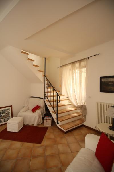 living avec escalier