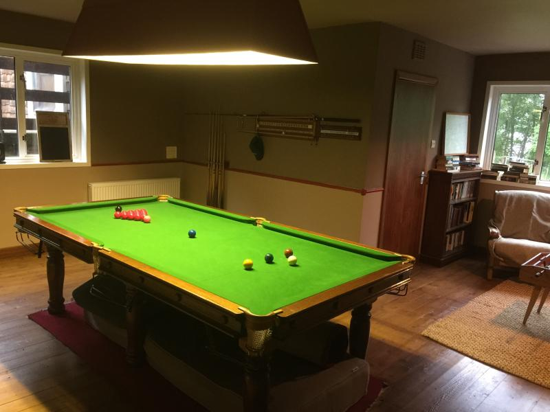 3m snooker table with pool balls, and also a top for playing table tennis. This room still under con