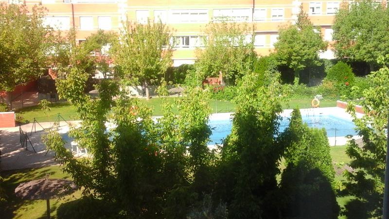 Madrid alquiler en zona  Pozuelo el barrial 5P., location de vacances à Las Rozas
