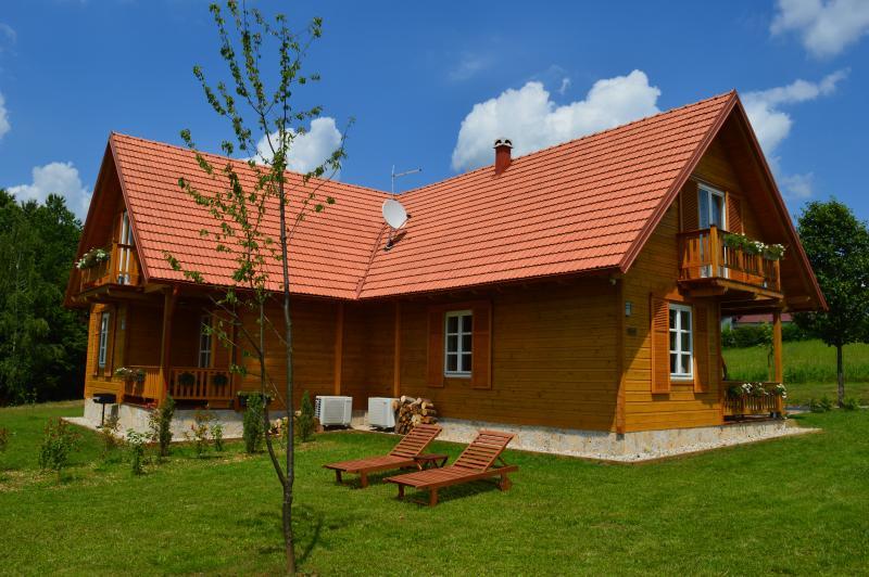 Holiday home Vita Natura, holiday rental in Rakovica