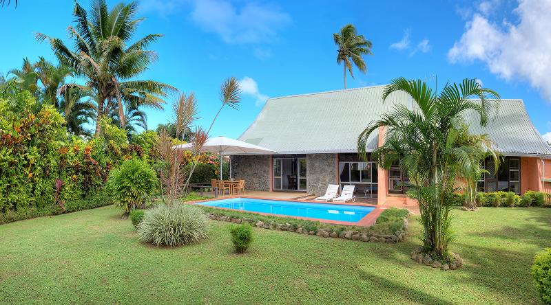 Gorgeous,Contemporary and relaxed Fijian Style Villa.