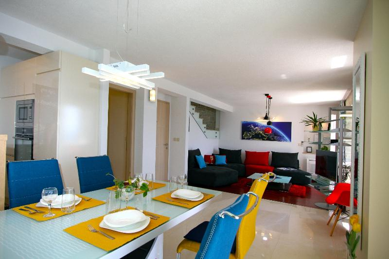 ALLURE  5* New and modern. Just perfection !, holiday rental in Bol