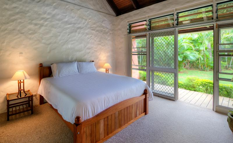 Master bedroom sleeps two,with king bed and large ensuite, with direct outdoor and pool access.