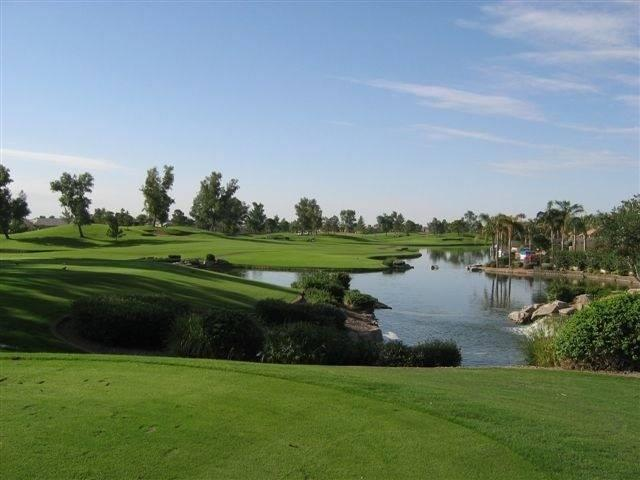 Ocotillo golf resort, at walking distance from our house.