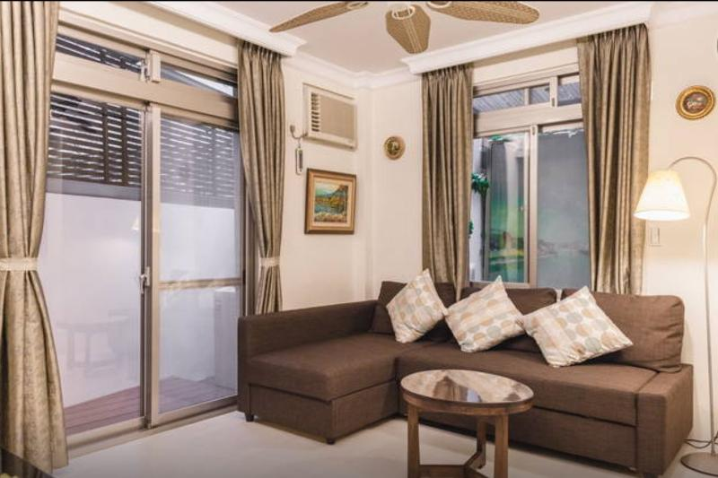 One Bedroom Villa Style Apartment Near Dongmen MRT, vakantiewoning in Da'an