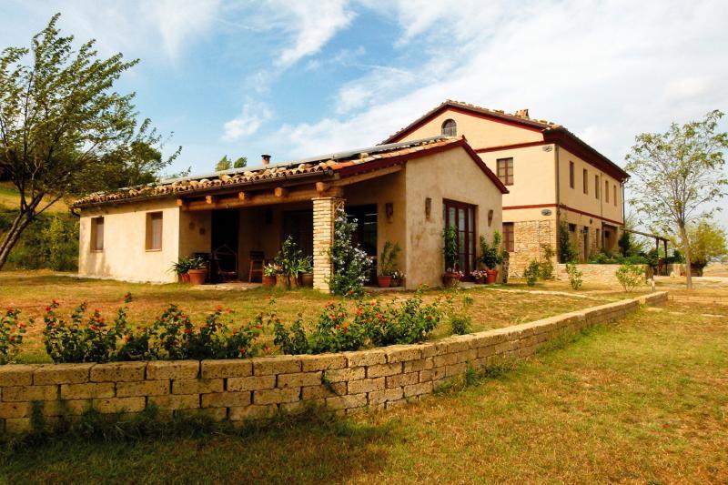 Ferienhaus Capanna und Haupthaus