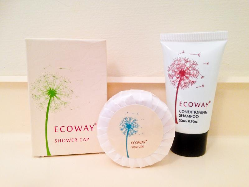 Complimentary bathroom goodies pack!