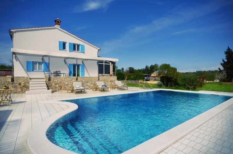 Villa Tanga - pool