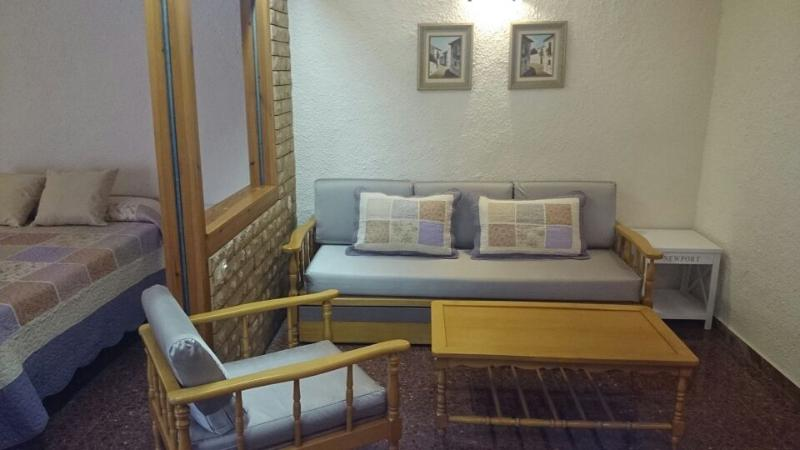Loft con cama de matrimonio y sofá-cama