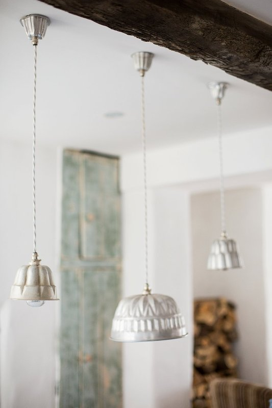 Dining room lights to create all the ambience you need for intimate dining