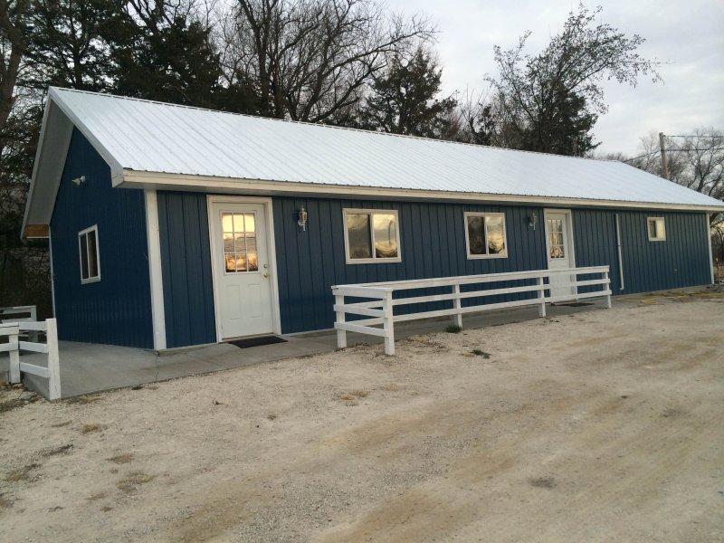 Waconda Springs Guest House, alquiler de vacaciones en Cawker City