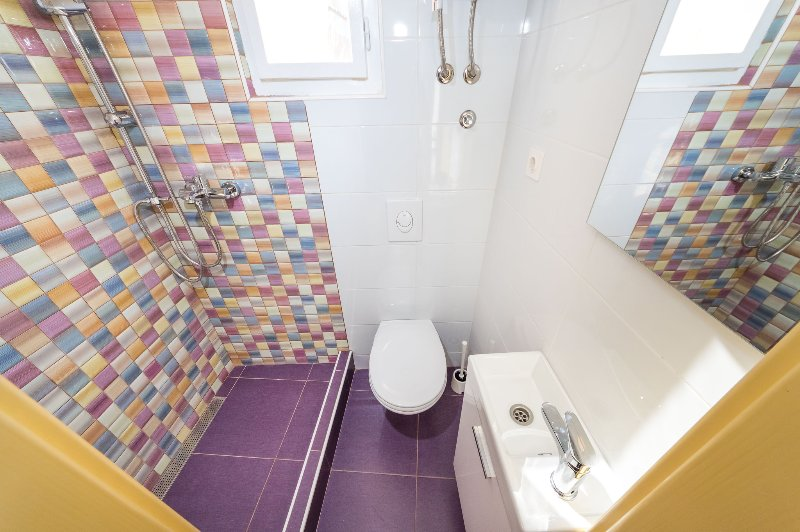Upstairs second bathroom new in May 2016