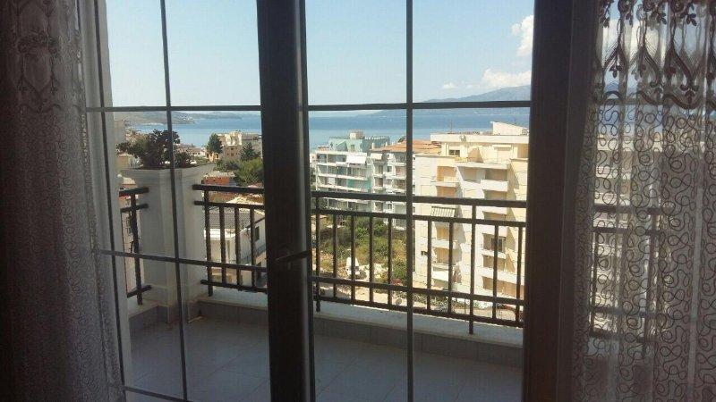 Sun Residence, holiday rental in Saranda