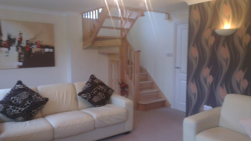 Peak Rise is a stunning, spacious holiday home  near Leek and the Peak District, holiday rental in Burslem