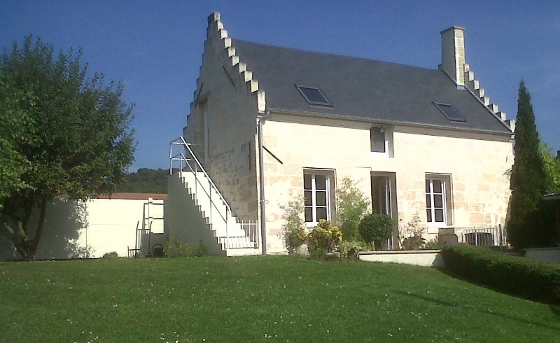 La maison des Chiens rouges, holiday rental in Thourotte