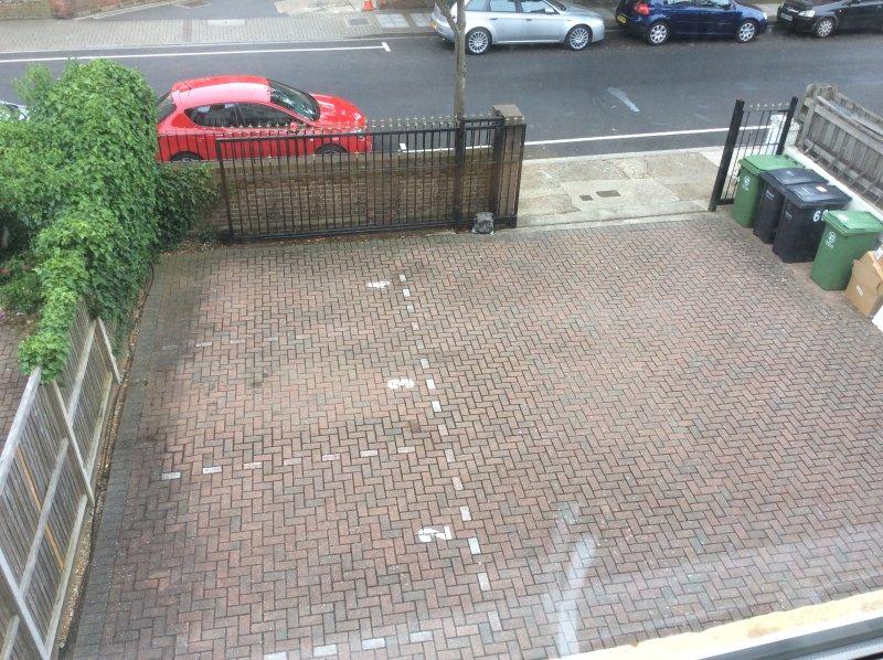 Uw off-road parkeerplaats is no.3