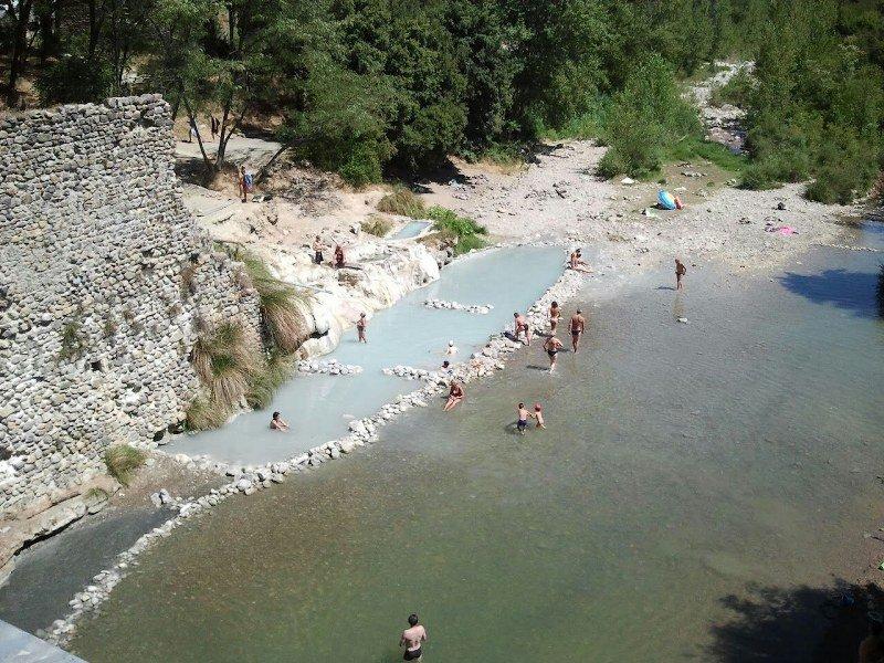 petriolo hot springs
