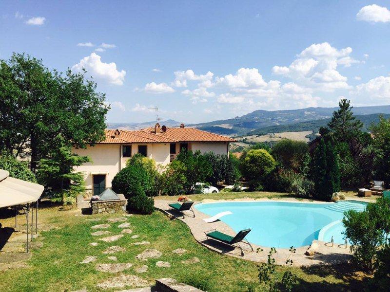 VACANZA E SOGGIORNO IN VAL D'ORCIA UNESCO, holiday rental in Bagno Vignoni