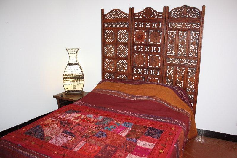 Un grand lit pour deux personnes