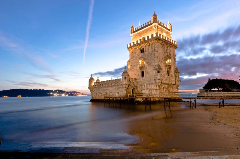 Belém Tower - We are less than 10 minutes walking distance from Belém main atractions