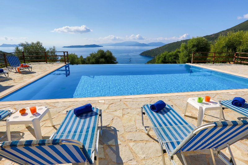 Villa Andromeda - Stunning view on the Ionian Sea, location de vacances à Sivota