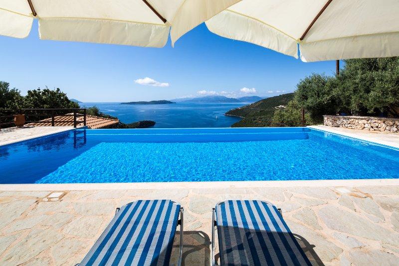 Villa Eleona - breathtaking view of the Ionian Sea, holiday rental in Mikros Gialos