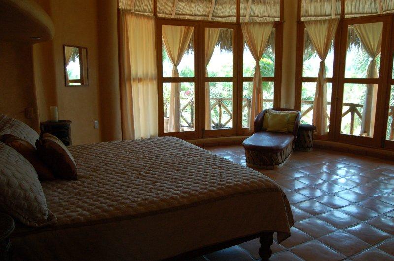 Enclosed, en-suite king bedroom